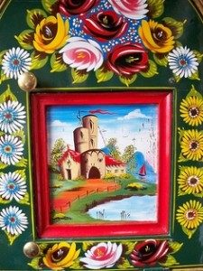 Traditional 'Castles and Roses' canal folk art
